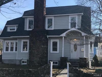 White Plains Single Family Home For Sale: 64 Lynton Place