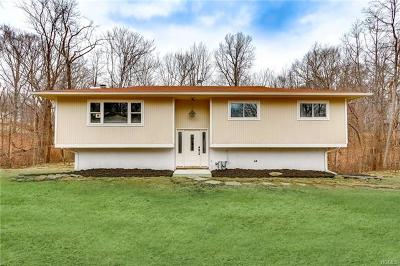 Rockland County Single Family Home For Sale: 50 Twin Lakes Drive