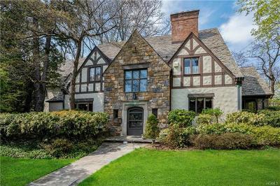 Larchmont Single Family Home For Sale: 33 Glen Eagles Drive