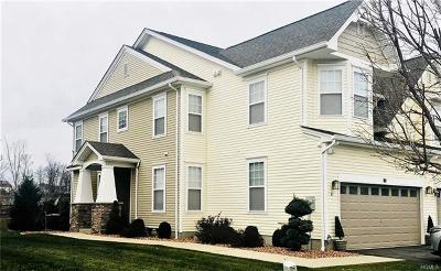 Middletown Single Family Home For Sale: 81 Woodside Knolls Drive #1501