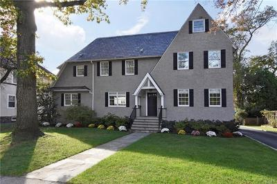 Pelham Single Family Home For Sale: 439 Highbrook Avenue