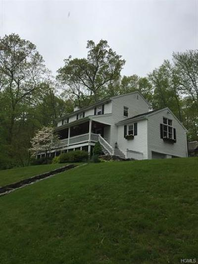 Westchester County Single Family Home For Sale: 4 Bogtown Road