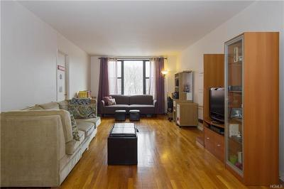 Westchester County Co-Operative For Sale: 121 South Highland Avenue #2B