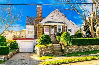 Yonkers Single Family Home For Sale: 306 Roberts Avenue