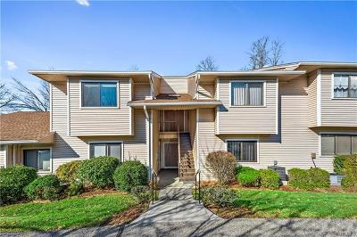 Yorktown Heights NY Condo/Townhouse For Sale: $249,900