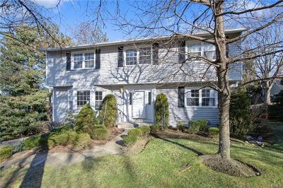Westchester County Single Family Home For Sale: 280 Columbine Court
