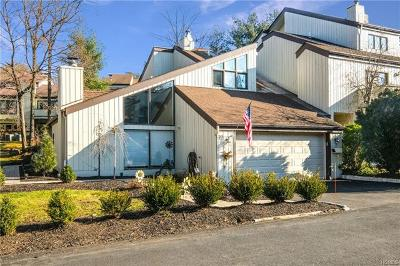 Rockland County Single Family Home For Sale: 12 Chippewa Court
