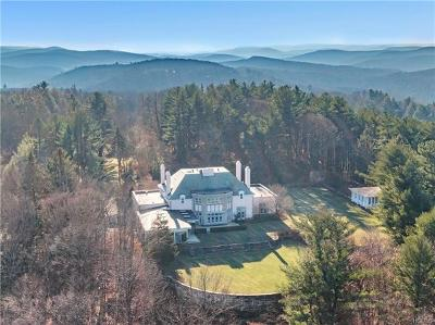 Tuxedo Park Single Family Home For Sale: 94 Pine Hill Road