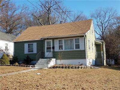 Rockland County Single Family Home For Sale: 10 North Oak Street