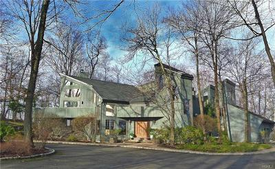 Chappaqua Single Family Home For Sale: 48 Longview Lane