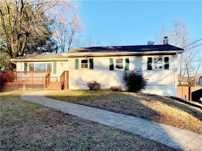 Middletown Single Family Home For Sale: 75 Vincent Drive