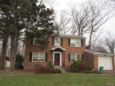 Rockland County Single Family Home For Sale: 48 Oriole Street
