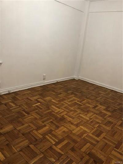 New Rochelle Rental For Rent: 230 Pelham Road