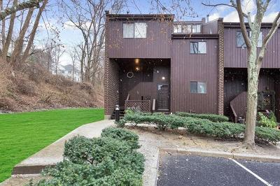 Westchester County Condo/Townhouse For Sale: 379 North Greeley Avenue
