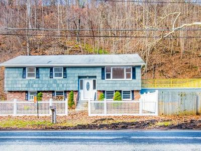 Croton-On-Hudson Single Family Home For Sale: 385 Yorktown Road