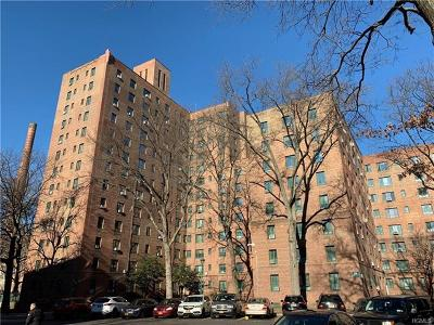 Bronx Condo/Townhouse For Sale: 2090 East Tremont Avenue #5H