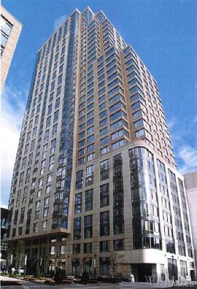 White Plains Condo/Townhouse For Sale: 10 City Place #PH4F