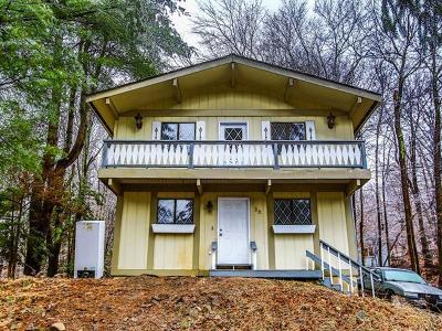 Woodridge Single Family Home For Sale: 36 Winterthur Road