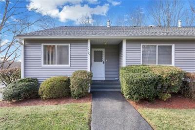 Yorktown Heights Condo/Townhouse For Sale: 192 Long Hill Drive #C