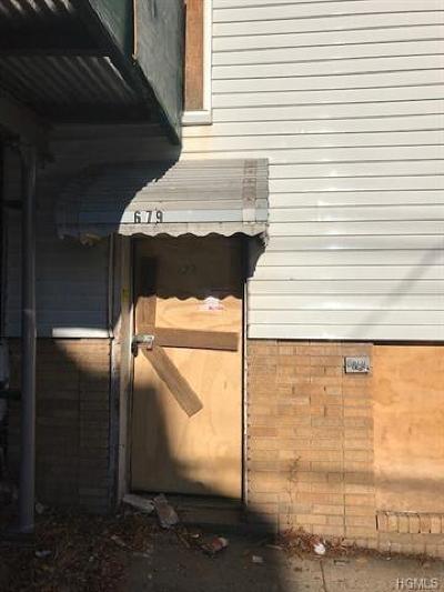 Bronx Multi Family 2-4 For Sale: 679 Rhinelander Avenue