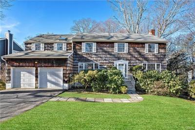 Mamaroneck Single Family Home For Sale: 1341 Colonial Court