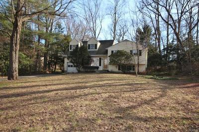 Westchester County Single Family Home For Sale: 48 Lily Pond Lane