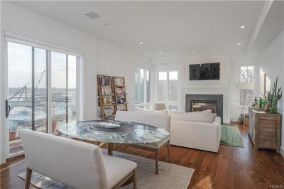 Mamaroneck Rental For Rent: 422 East Boston Post Road #PH101