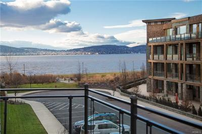 Tarrytown Condo/Townhouse For Sale: 18 Rivers Edge Drive #311