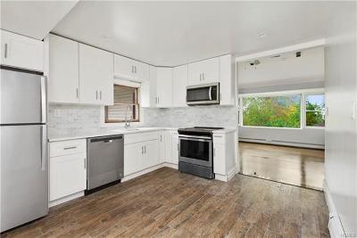 Monroe Single Family Home For Sale: 17 Sunrise Trail