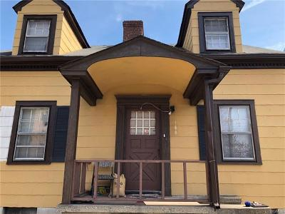 Yonkers Single Family Home For Sale: 562 McLean Avenue