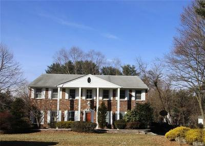 Rockland County Single Family Home For Sale: 33 Lyncrest Drive