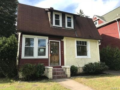 Suffern Single Family Home For Sale: 51 Riverside Drive