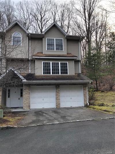 Single Family Home For Sale: 2 Hillside Lane