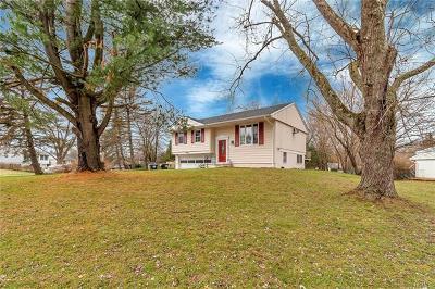 Warwick Single Family Home For Sale: 2 Glenn Street