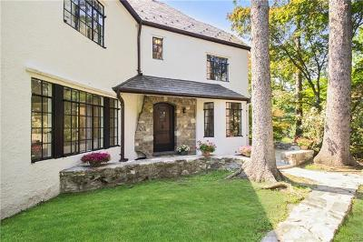 Scarsdale Single Family Home For Sale: 68 Popham Road
