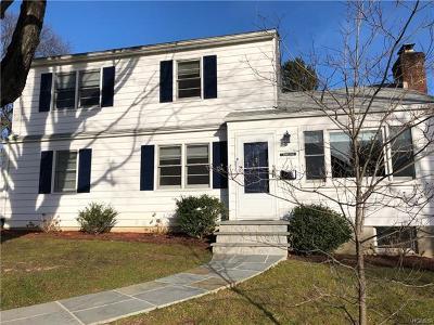 White Plains Single Family Home For Sale: 2 Daniels Place