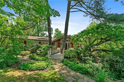 Mount Kisco Single Family Home For Sale: 345 Crow Hill Road