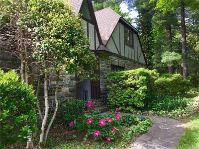 Rockland County Single Family Home For Sale: 11 Mile Road
