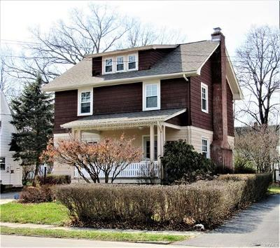 Middletown Single Family Home For Sale: 17 Woodlawn Avenue