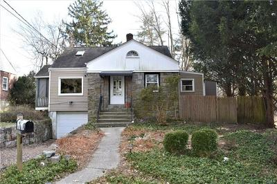 Westchester County Single Family Home For Sale: 3 Beach Road