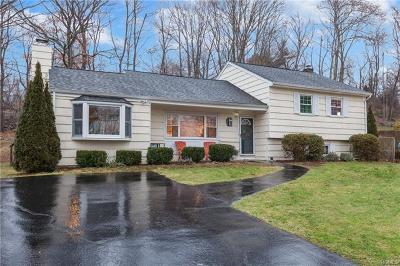 Yorktown Heights Single Family Home For Sale: 2798 Strang Boulevard