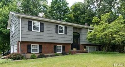 Rockland County Single Family Home For Sale: 3 Todd Court
