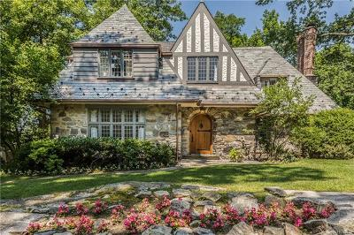 Bronxville Single Family Home For Sale: 5 Red Oak Road