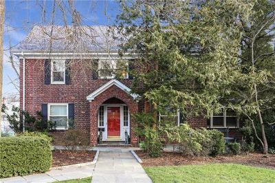 Port Chester Single Family Home For Sale: 12 Puritan Drive