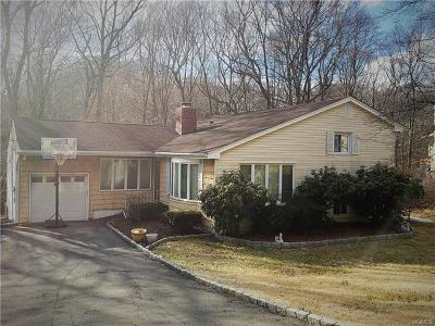 Cortlandt Manor Single Family Home For Sale: 550 Westbrook Drive