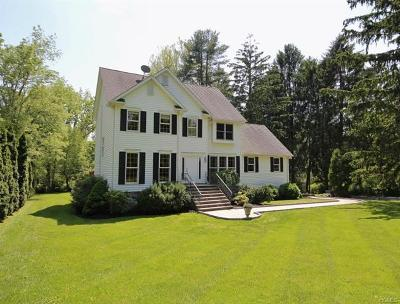 Westchester County Single Family Home For Sale: 160 Forgotten Way