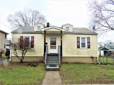 Middletown Single Family Home For Sale: 63 Liberty Street