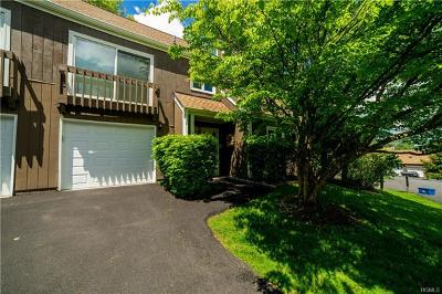 Westchester County Condo/Townhouse For Sale: 12 Hillside Place