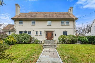 Pelham Single Family Home For Sale: 4530 Boston Post Road
