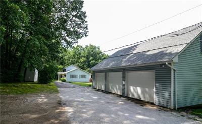 Mahopac Single Family Home For Sale: 5 County Line Drive